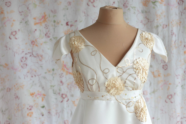 Perceneige, robe de mariée taille empire