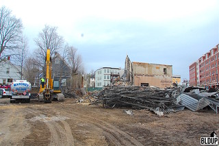 Excavator-Refueling