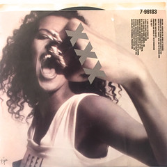 NENEH CHERRY:KISSES ON THE WIND(JACKET B)