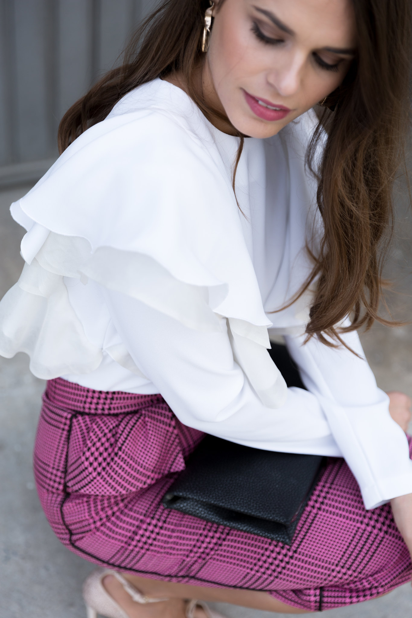 Jessie Chanes Seams for a desire - pink black houndstooth skirt white top apparentia -4