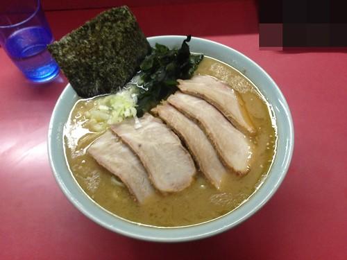 shizuoka-numazu-iekei-ramen-numazuya-char-siu-ramen02