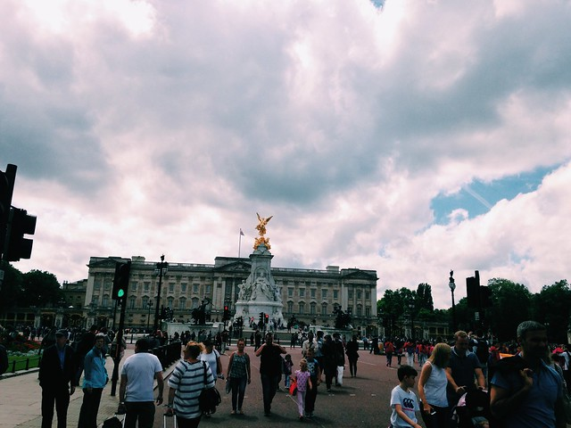 A Sunday in London