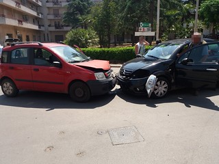 Turi incidente frontale via Conversano