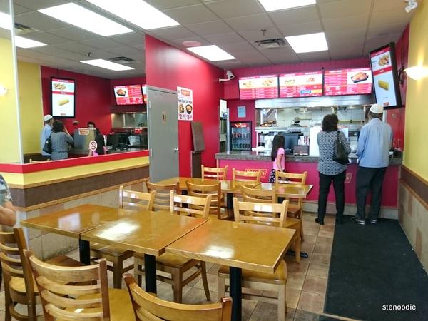 Krispy's Kajun Chicken interior