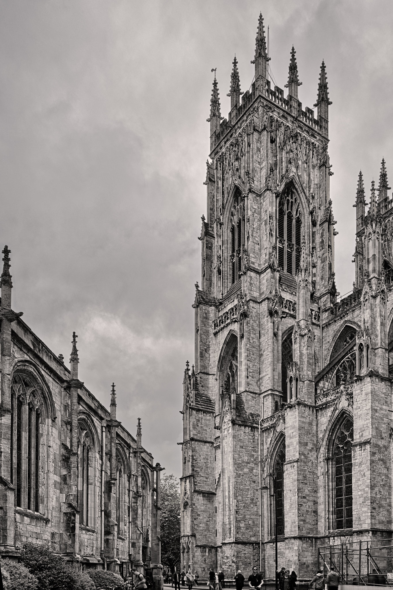 Street view of York Minster (OC) [1365x2048]