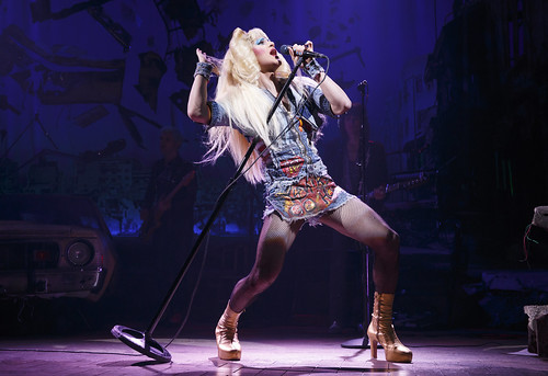 Hedwig Review 1