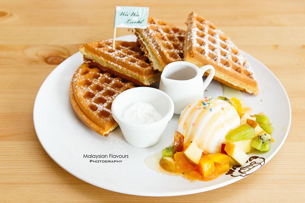Wawa Land Malaysia puchong mixed fruit waffle