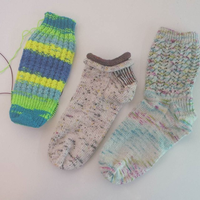 not long ago I decided to go back to monogamous sock knitting because I couldn't stand so many socks going at the same time... 😜😜 #knittersofinstagram #sockknittersofinstagram #operationsockdrawer