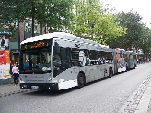 Bi-articulated bus, Spitalerstrasse, Hamburg, Germany