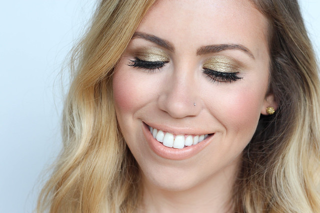 Neutral Summer Makeup | elf Long Lasting Lustrous Eyeshadow in Toast | Buxom Eyeshadow in 24K Stilettos | elf Baked Bronzer in Los Cabos | Hourglass Vanish Foundation in Ivory | Makeup Monday on Living After Midnite | Beauty Blogger Jackie Giardina