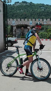 Giacomo Tanzella e la sua mountain bike