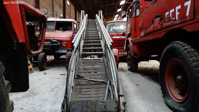 Anciens camoins de pompiers grande échelle