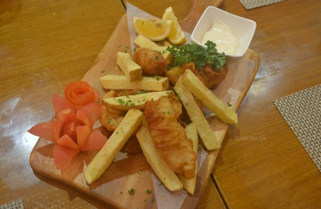 ferra hotel Fisherman's Catch Fish and Chips