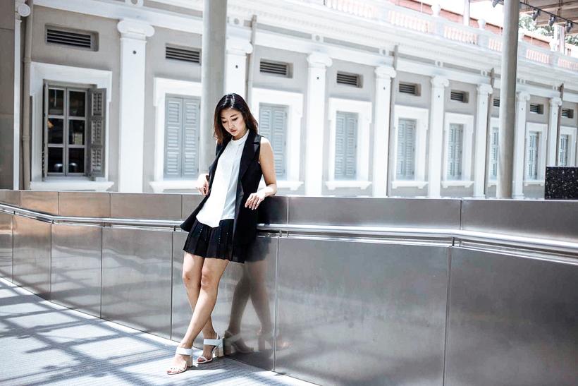 Toki Choi Monochrome OL look-4