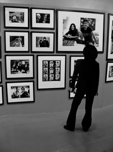 FF-Yoko looks at Lennon