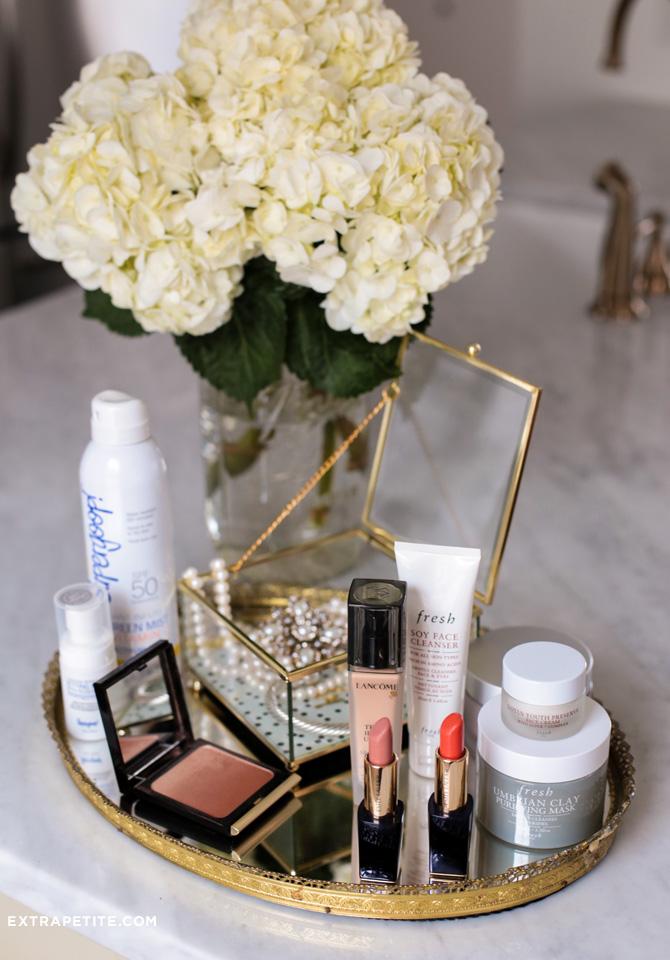 favorite makeup jewelry vanity tray setup_extra petite