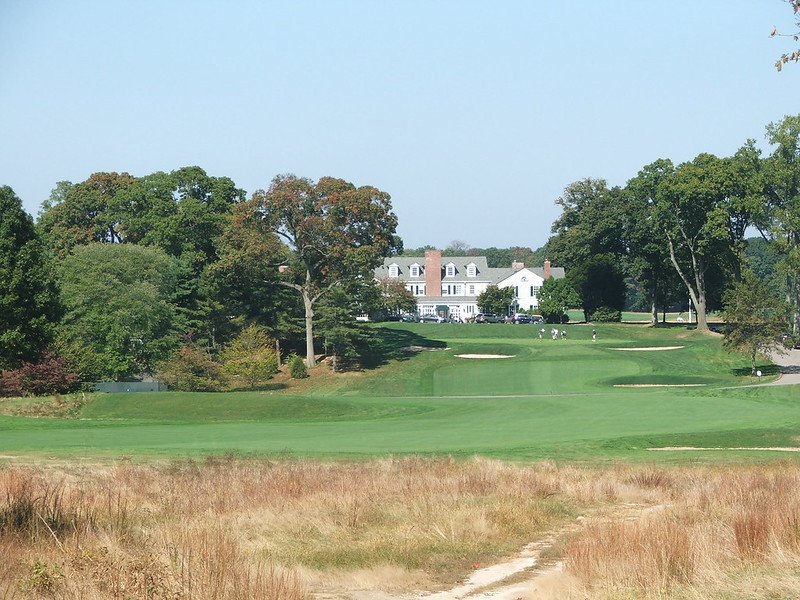 clubhouse from 17th green looking up 18