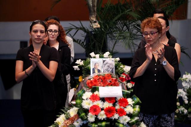 Roberto Castañeda recibe homenaje póstumo