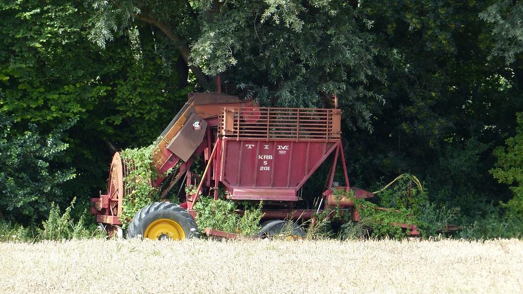 Alte Rüben-Erntemaschine bei der Schanzenmühle
