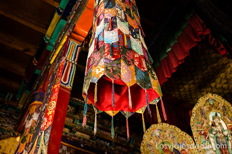 valle del Indo decoración monasterio budista