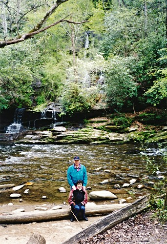 IMG_495_Dave_&_Kay_at_Toms_Branch_Falls_April_2000