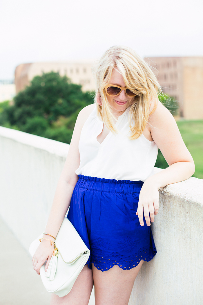 how to wear elastic shorts and look totally chic