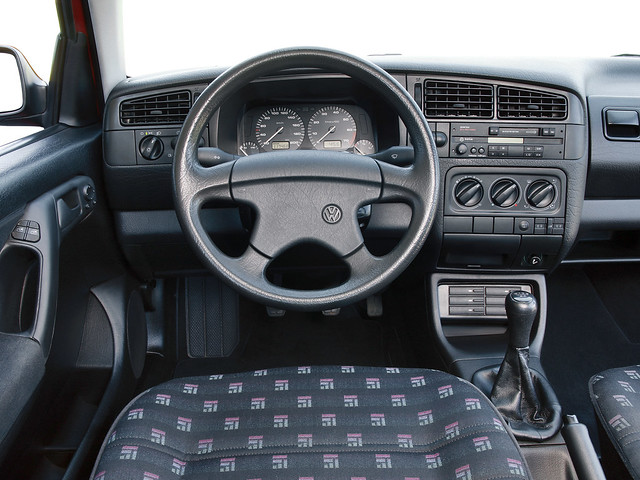 Салон Volkswagen Golf 3. 1991 – 1997 годы