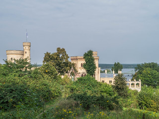 Schloss Babelsberg, Glienicker Brücke