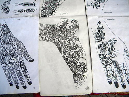 Henna Patterns for feet and hands in Singapore