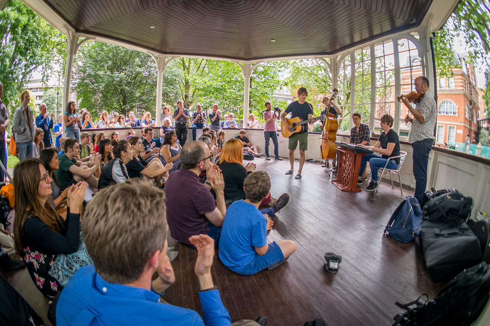 Bandstand Busking: The Leisure Society