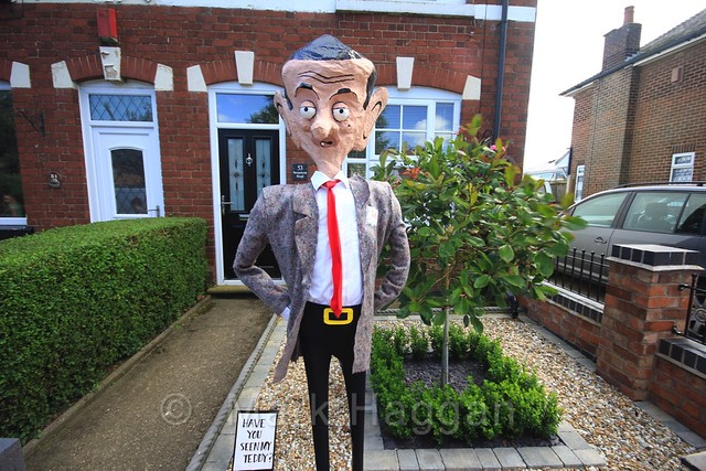 Mr Bean at the Heather Scarecrow Festival 2016