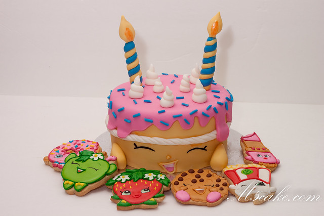 Shopkins Cookie Cookie Cookie Cake