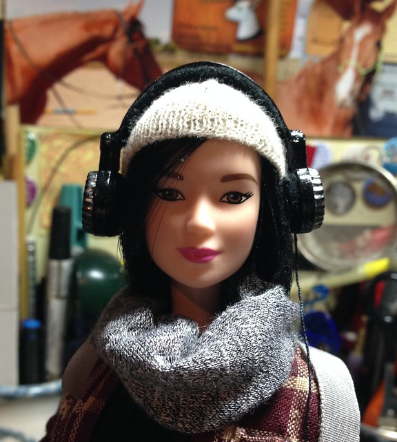 1/6th scale Headphones