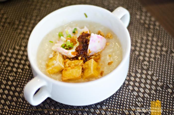 Holiday Inn Manila Galleria Breakfast