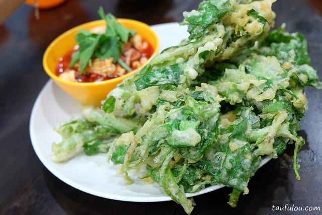 Eat Thai Food (8)