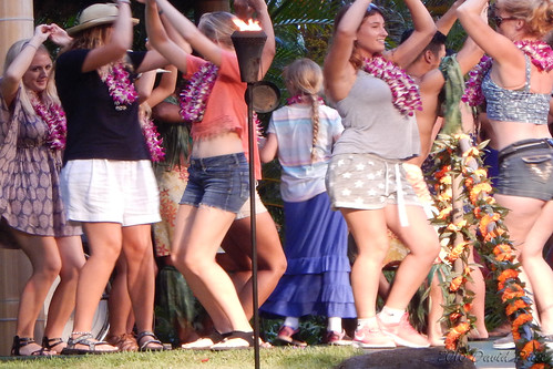 DSCN2446A - Kidlet Dancing At The Polynesian Cultural Center