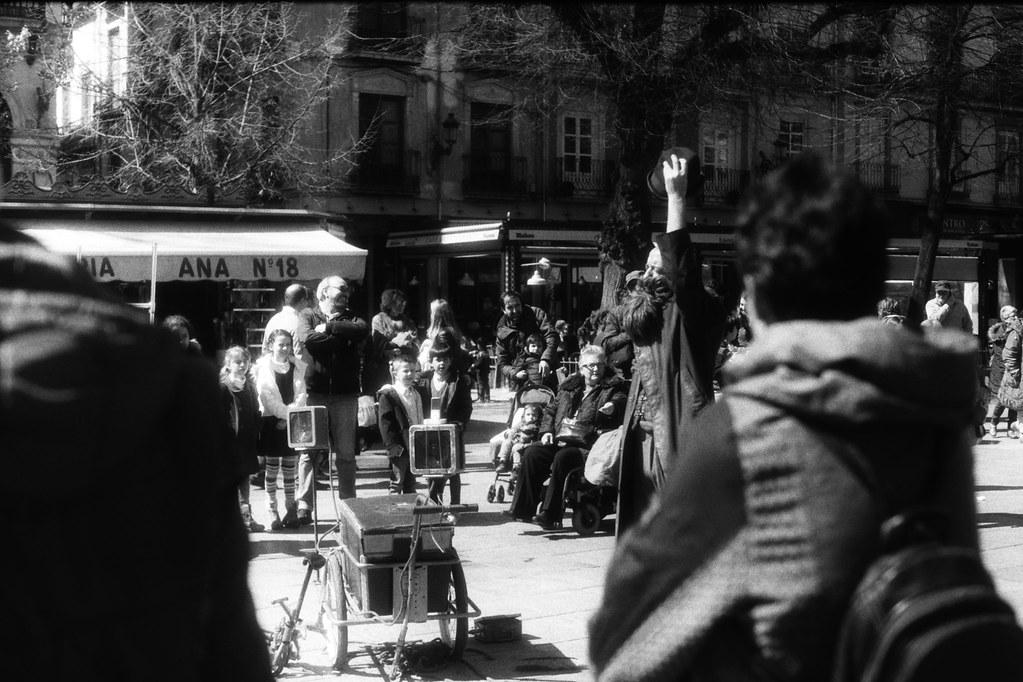 Granada. Espectáculo de calle. (I)