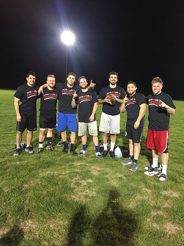 4v4 Men's Flag Football_Juan Direction