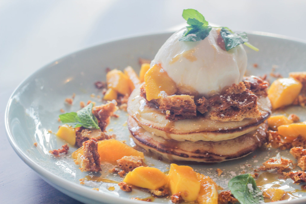 Patissez Tropical Hotcakes @ Holland Village