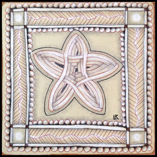 """Zentangle 172 for Weekly Challenge #279: """"Duotangle Meer vs Auraknot"""""""