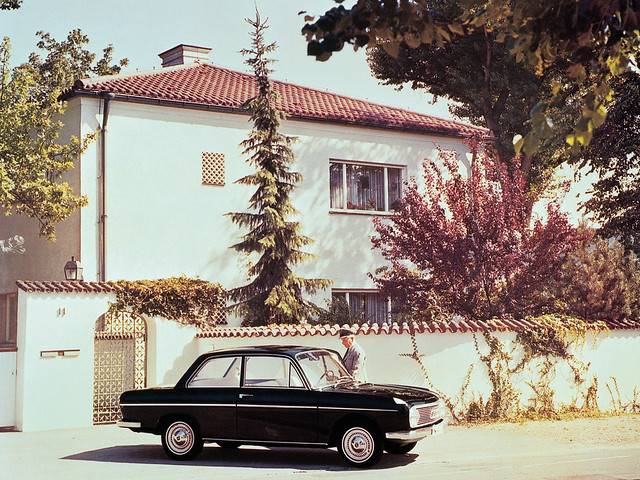 DKW F102 1964 – 1966 годов производства. Предвесник Audi F103