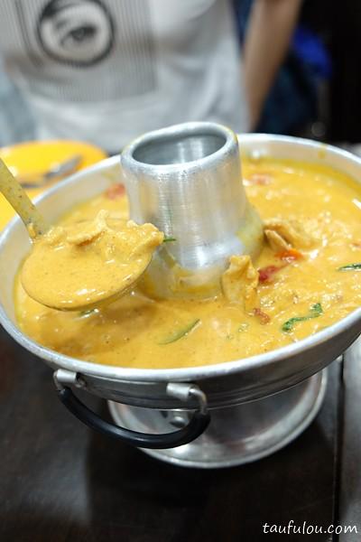 Eat Thai Food (3)