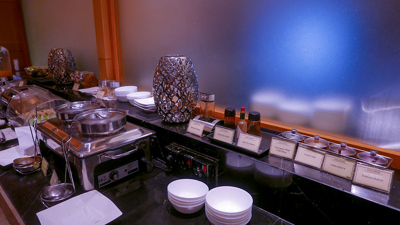 Jarvis Marcos -Pura Indah First Class Lounge - Jakarta, CGK - REVIEW