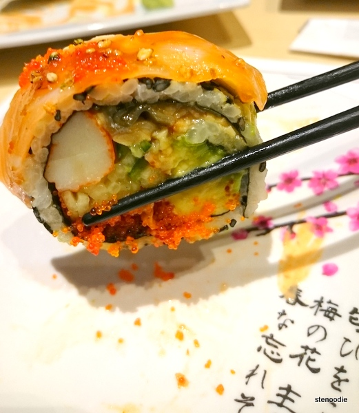Est Roll held in chopstick