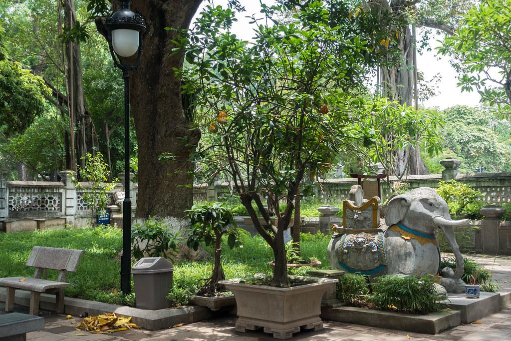 Hanoi-01642-2