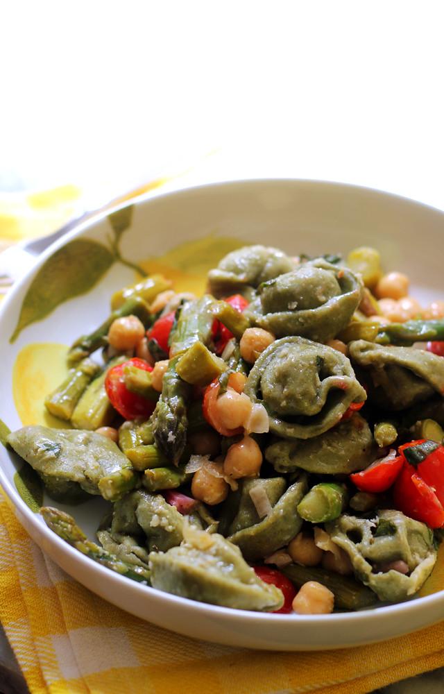 Tortellini Salad with Fresh Basil Dressing