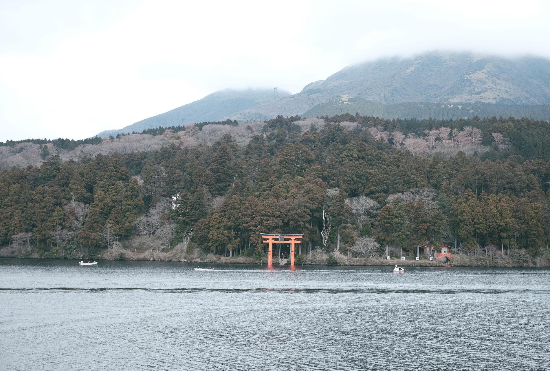 lake-8