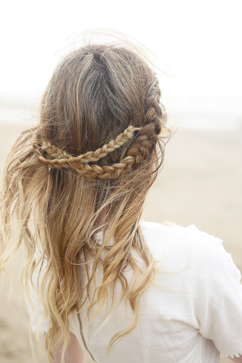 beach hair, messy hair, blonde hair, hair tutorial, haar tutorial, front row braid, amber fillerup, dutch braids, krullen en vlechtjes, strand bloemendaal, fashionblogger, krultang, youtube, extensions