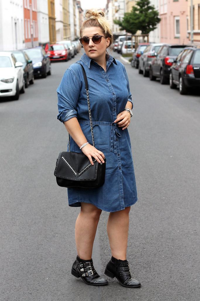 outfit-europapassage-jeanskleid-sommer-trend-look-modeblog-fashionblog-stiefeletten-chloe-lookalike8