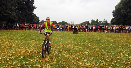 Mark Gratton on lead bike